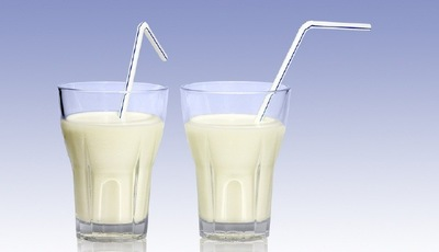 The pros and cons of milk alternatives