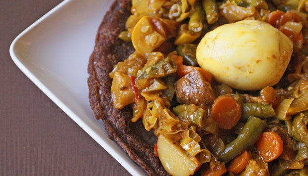 Ethiopian wot with egg and injera