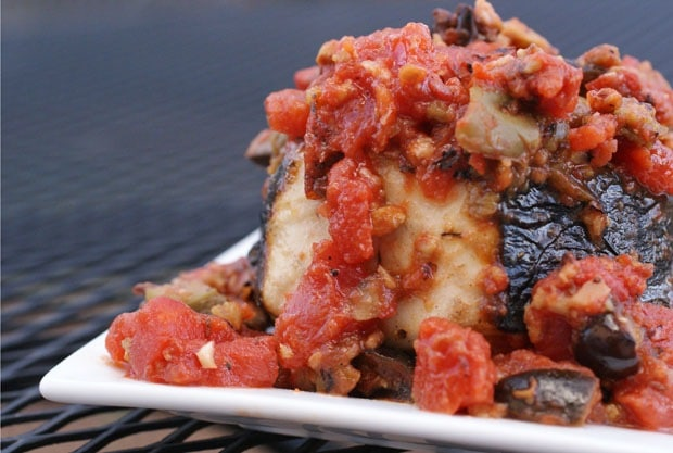 Grilled Wahoo with Tomatoes and Olives at This Mama Cooks! On a Diet - thismamacooks.com