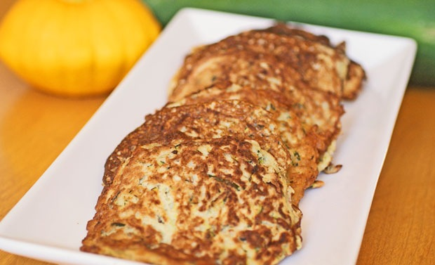 Gluten Free Zucchini Pancakes at This Mama Cooks! On a Diet - thismamacooks.com
