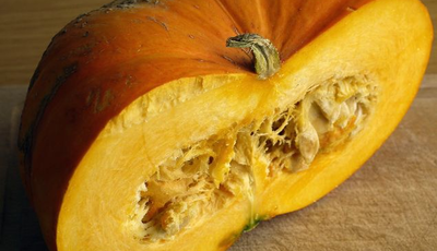 Halloween goes Meatless Monday with Pumpkin Soup