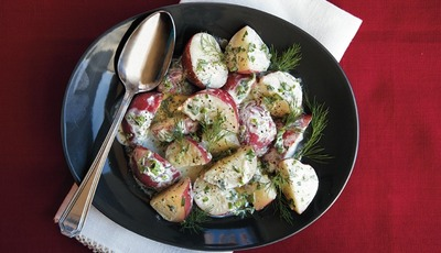 Healthy Salads: Creamy Buttermilk-Herb Potato Salad