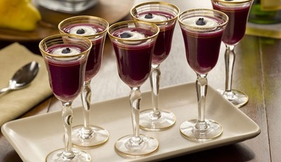 Blueberry and Pear Champagne Aperitif