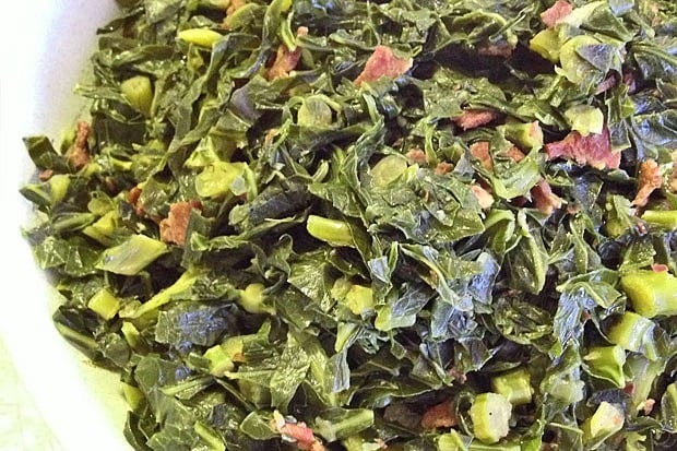 Tangy Collard Greens at This Mama Cooks! On a Diet - thismamacooks.com