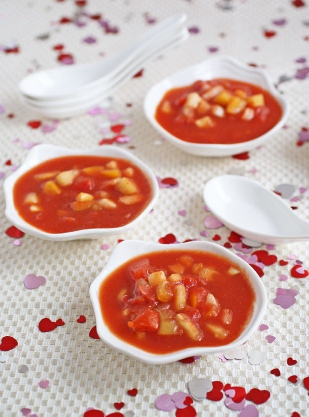 Easy Gazpacho at This Mama Cooks! On a Diet - thismamacooks.com
