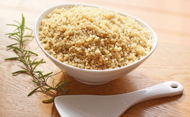 Wine and Rosemary Quinoa at This Mama Cooks! On a Diet - thismamacooks.com