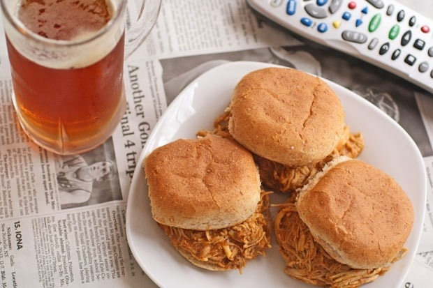 Slow Cooker Buffalo Chicken and Ranch Sliders at This Mama Cooks! On a ...