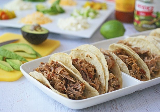 Slow Cooker Spicy Pulled Pork Tacos from This Mama Cooks! On a Diet - thismamacooks.com