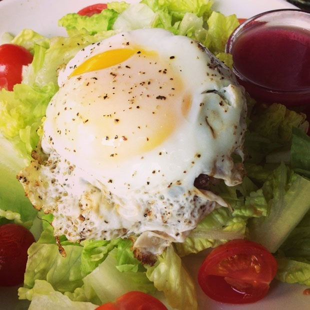 Salad with sirloin patty and egg at This Mama Cooks! On a Diet - thismamacooks.com