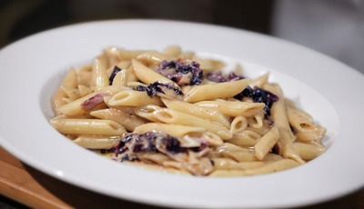 Meatless Monday: Gorgonzola Radicchio Penne from Bertolli
