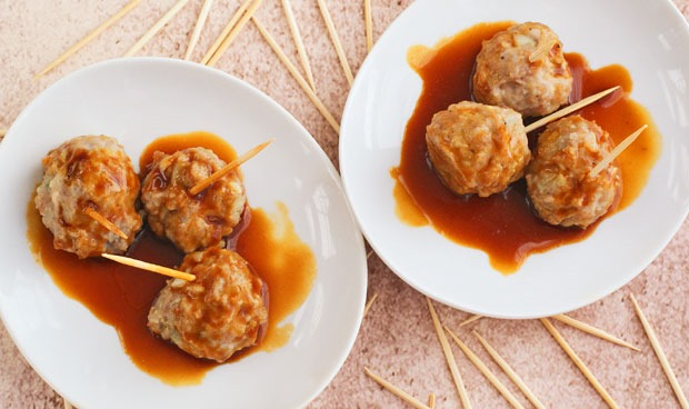 Asian Ginger Meatball Appetizers at This Mama Cooks! On a Diet - thismamacooks.com
