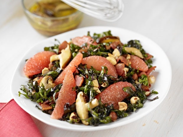 Kale & Grapefruit Salad with Warm Bacon-Wild Mushroom Dressing at This Mama Cooks! On a Diet - thismamacooks.com