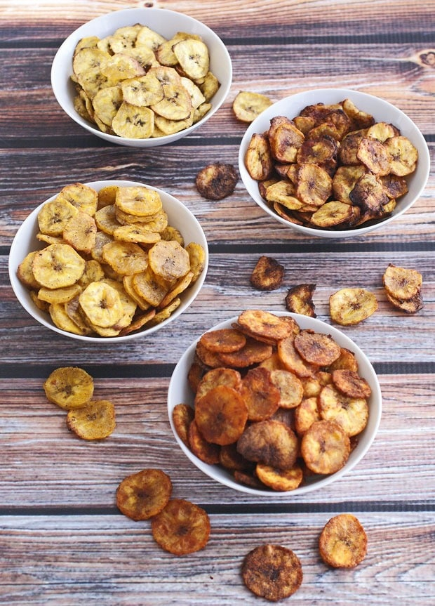 Healthy Baked Plantain Chips Four Ways at This Mama Cooks! On a Diet - thismamacooks.com
