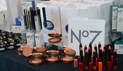 Win a Boots No7 Gift Pack!