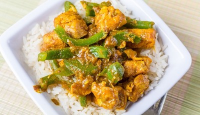 Slow Cooker Sweet Chicken Curry
