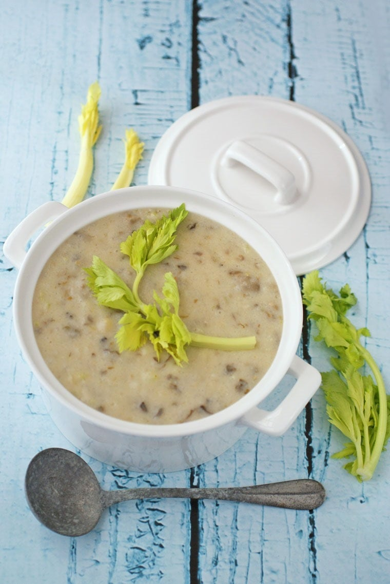 This Healthy Oyster Chowder recipe is also gluten free and dairy free. Get the easy recipe at This Mama Cooks! On a Diet.