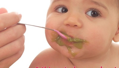 5 things to know about feeding babies solid foods from the experts at Bundoo