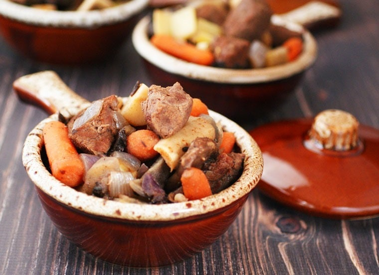 Slow Cooker Juniper Venison Stew at This Mama Cooks! On a Diet - thismamacooks.com