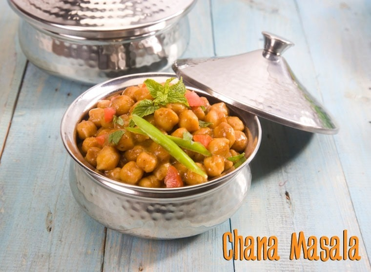 Chana Masala at This Mama Cooks! On a Diet - thismamacooks.com