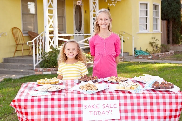 5 Ways to Avoid Temptation During Bake Sale Season at This Mama Cooks! On a Diet - thismamacooks.com
