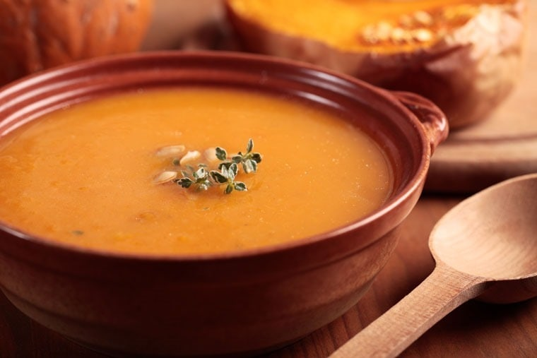 Use up that leftover pumkin puree in this Creamy Peanut and Pumpkin Soup from This Mama Cooks! On a Diet - thismamacooks.com