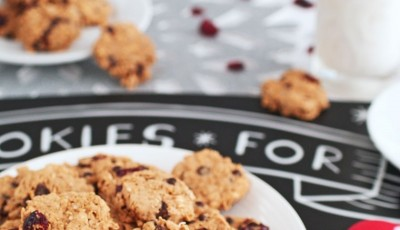 The Best Oatmeal Cookie Recipe for cookie and gift exchanges