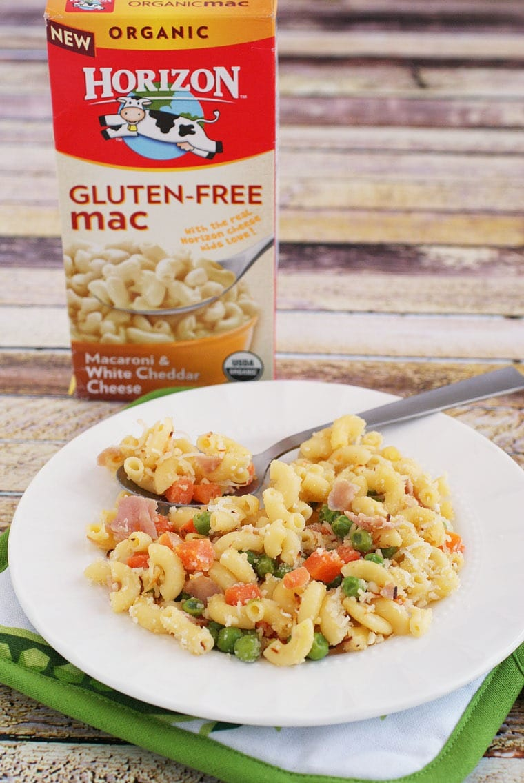 This recipe for Gluten Free Mac & Cheese Casserole with Peas, Carrots & Ham is easy enough for kids to cook up by themselves. Learn how at This Mama Cooks! On a Diet
