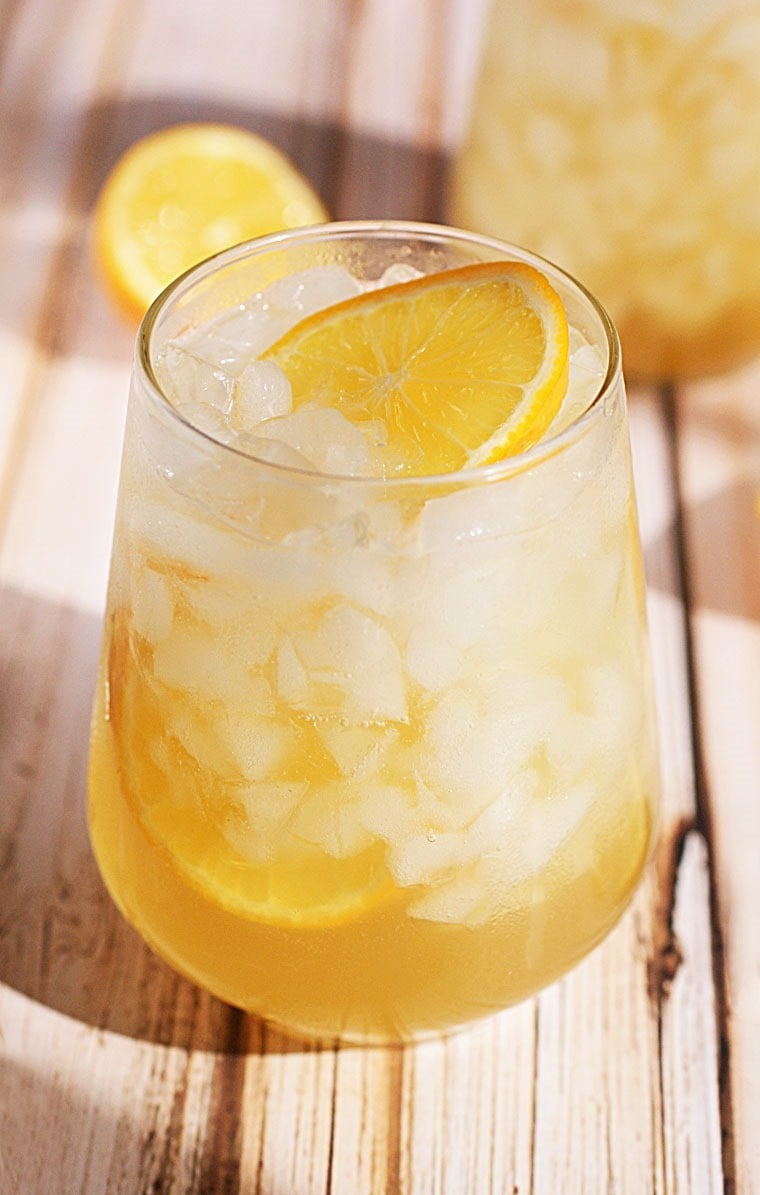 Meyer lemon shrub mixer this mama cooks on a diet for Lemon cocktails drinks recipes