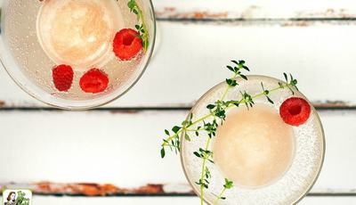 How to make Frozen Wine Cocktails for your end of summer bash!