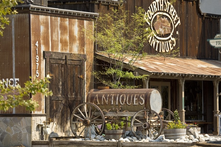 Fourth Street Antiques in Old Town Temucula. Click to get more travel tips on Old Town Temecula Valley California.