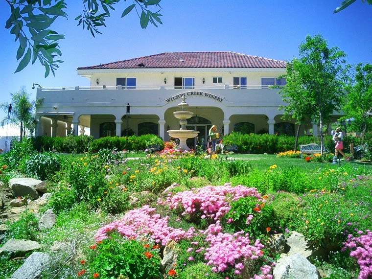 Bring the family to visit Wilson Creek Winery in Temecula Valley, California. Click to get more travel tips on Temecula Valley California wineries.