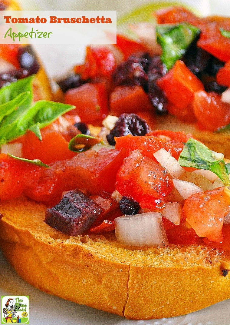 Need a delicious and healthy appetizer recipe for your next party? Try this easy tomato bruschetta appetizer recipe! Comes with a gluten free option. #recipes #easy #recipeoftheday #glutenfree #easyrecipe #easyrecipe #snack #partyfood #appetizers #appetizerseasy