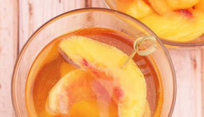 Georgia On My Mind Peach Whiskey Spritzer Cocktail