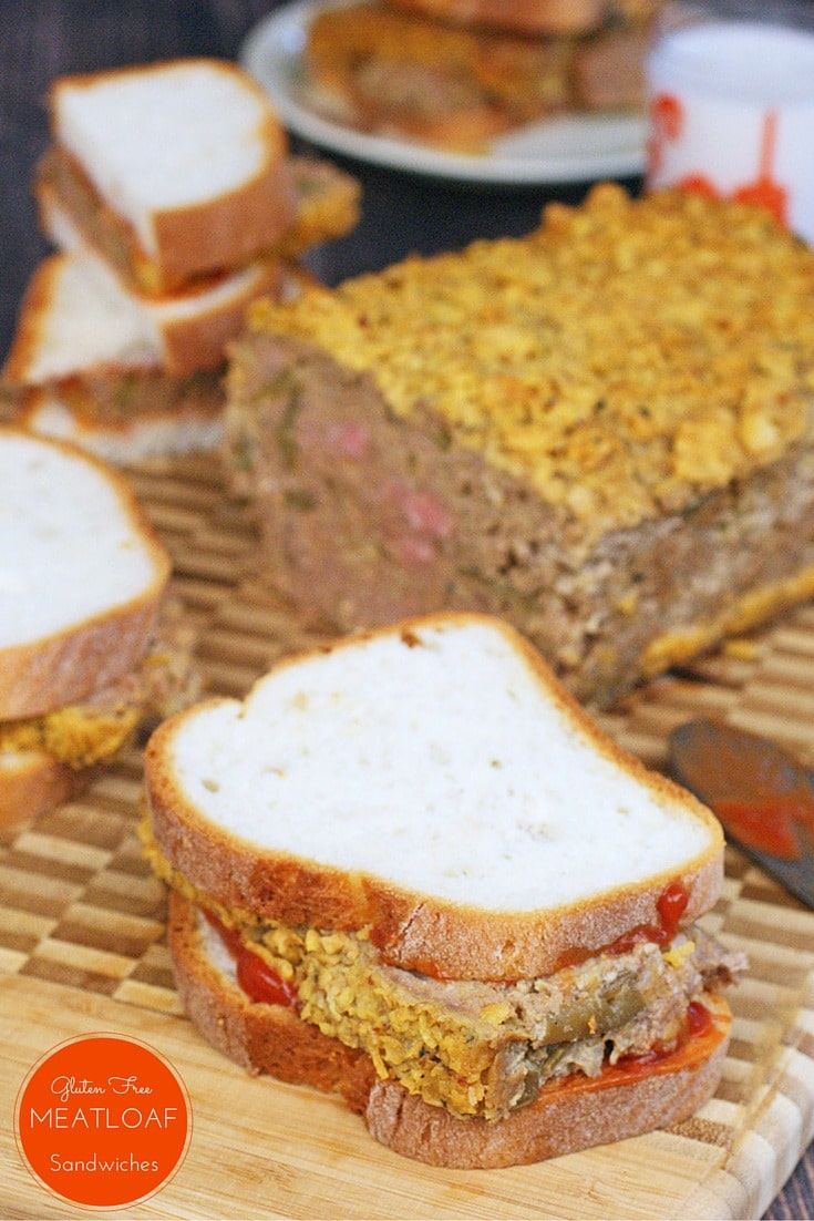 Make this Gluten Free Meatloaf for sandwiches or as a dinner. It's a 2-for-1 gluten free recipe! Get more gluten free school night recipes at This Mama Cooks! On a Diet