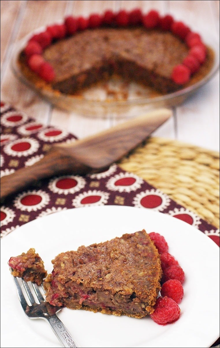Do you love pecan pie? Try it with some raspberries in this recipe for Gluten Free Raspberry Pecan Pie! Get this easy gluten free recipe (including a recipe for a gluten free cookie pie crust) at n free dessert recipe for Thanksgiving? Try this Gluten Free Raspberry Pecan Pie. Get the easy recipe including a homemade gluten free cookie pie crust recipe at This Mama Cooks! On a Diet