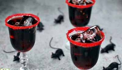 Searching for black cocktails for Halloween? Try a Dead Man's Kiss Cocktail!