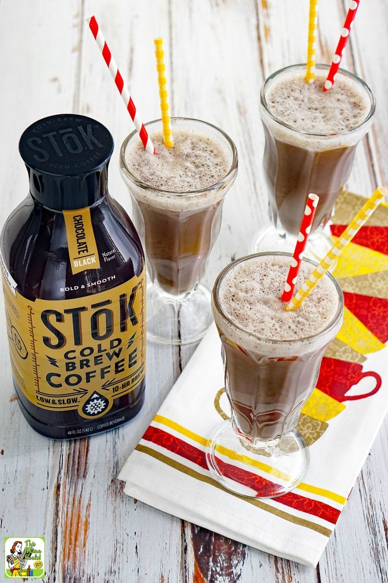 This coffee shake recipe is way more nutritious than those super high calorie frozen coffee drinks you order out.