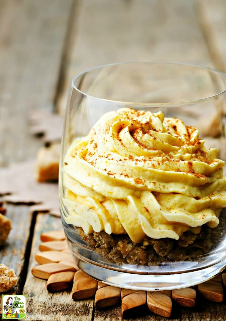 Make Weight Watchers Pumpkin Mousse for fall entertaining. This pumpkin mousse recipe is also known as Weight Watchers Pumpkin Fluff.
