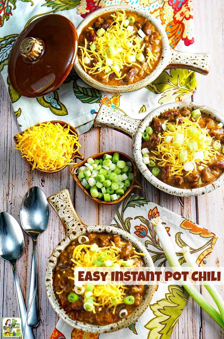 This delicious Easy Instant Pot Chili recipe is perfect for pressure cooker beginners. It tastes like it's been cooking for hours, but takes about an hour to make. #recipes #recipeoftheday #easyrecipe #dinnerrecipes #dinner #easydinner #easydinnerrecipes #pumpkinrecipe #pumpkin #chili #beans #instantpot #instantpotrecipes #instantpotrecipeseasy #instantpotchili