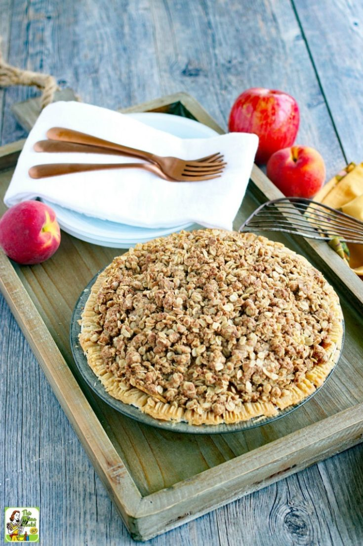 Apple Peach Pie Recipe with Oatmeal Crumb Topping
