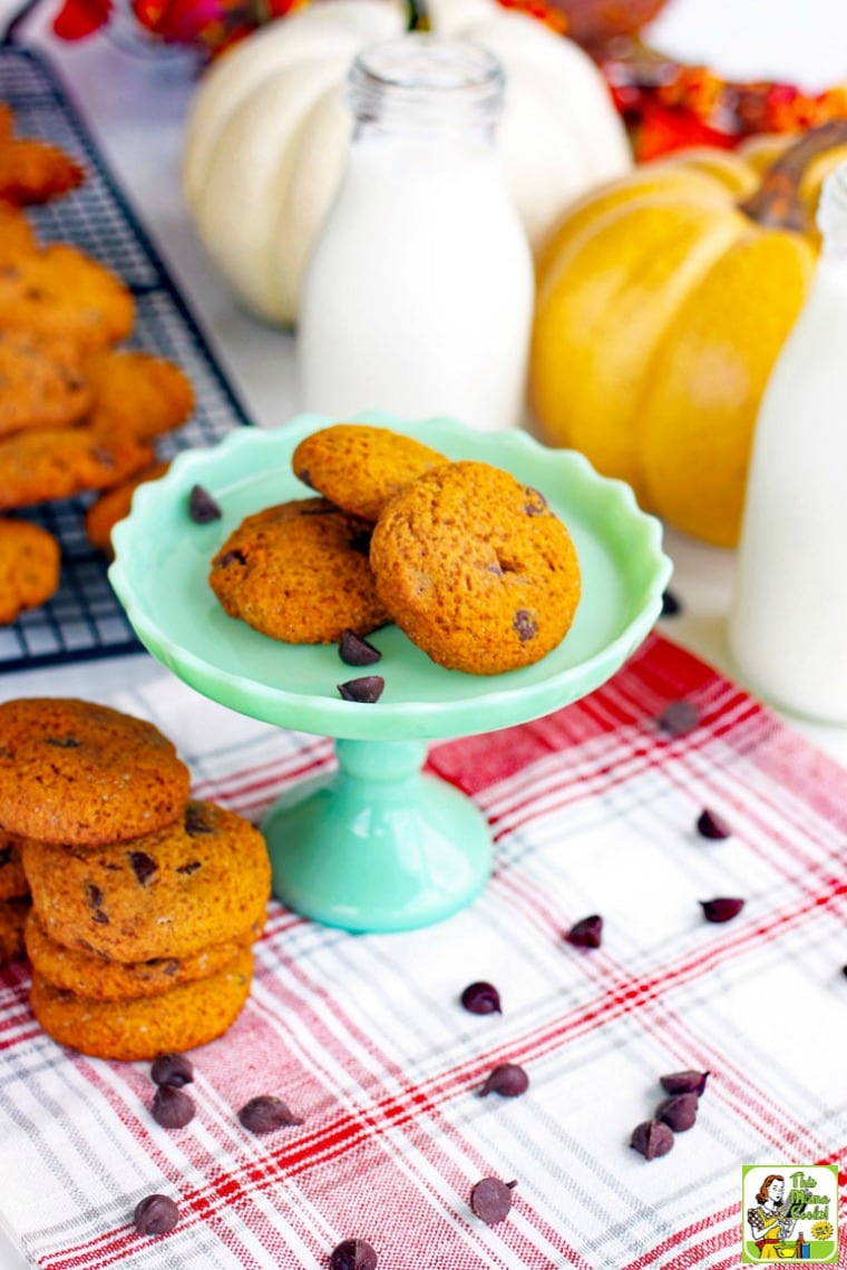 You can easily make these gluten free pumpkin cookies with a few substitutions.